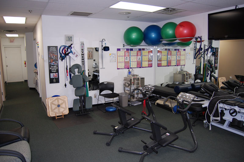 bluestone-chiropractic-group-south-scottsdale-office-physical-therapy